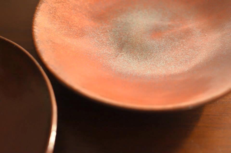 ≪益子の陶器市で一目ぼれした朱≫
