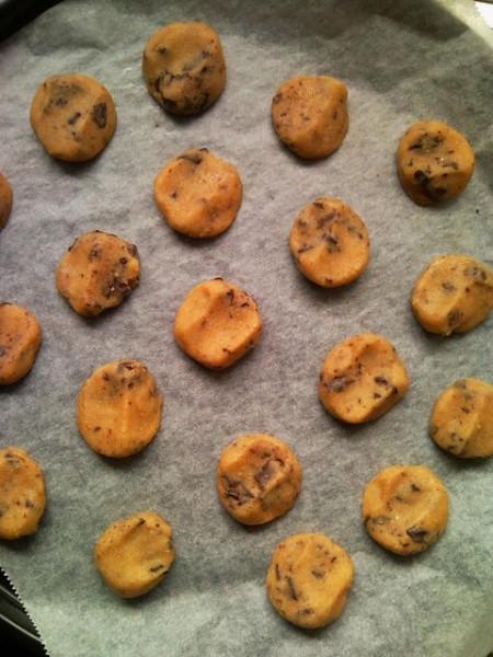 チョコチップクッキーを作る
