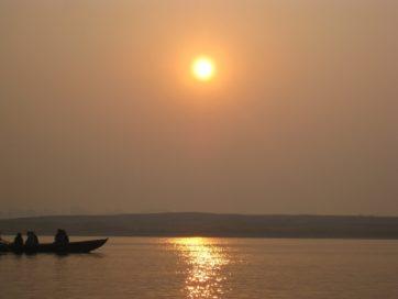 ブラフマ・ムフールタ ―インドの朝―